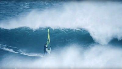Ireland - Brendan Bay waves