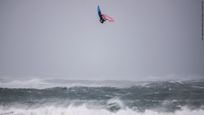 Jaeger Stone high up in the air - Sebastian Marko/Red Bull Content Pool