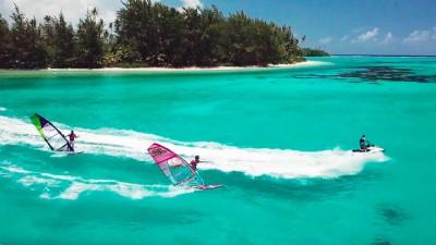 Julien Mas and Sam Esteve in Tahiti Synchro freestyle