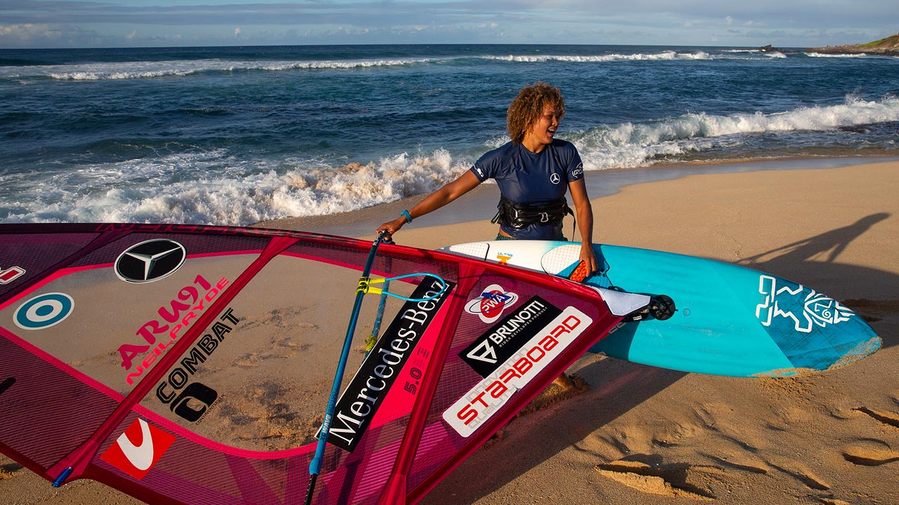 Sarah-Quita Offringa in Maui 2019 by Carter PWAworldtour