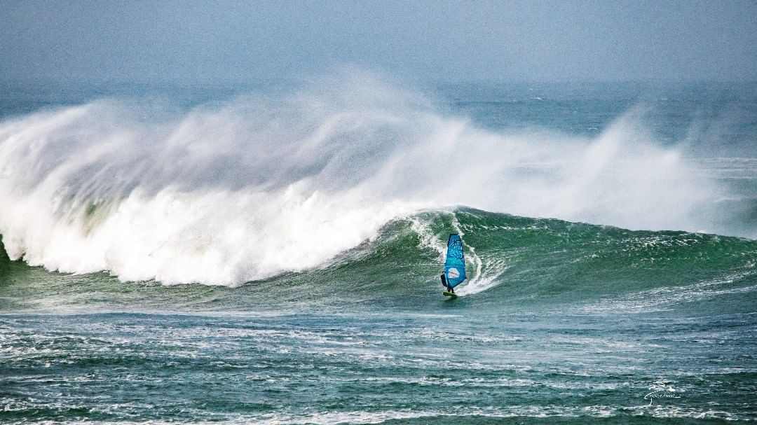 Philippe Mesmeur on a big wave testing new gear