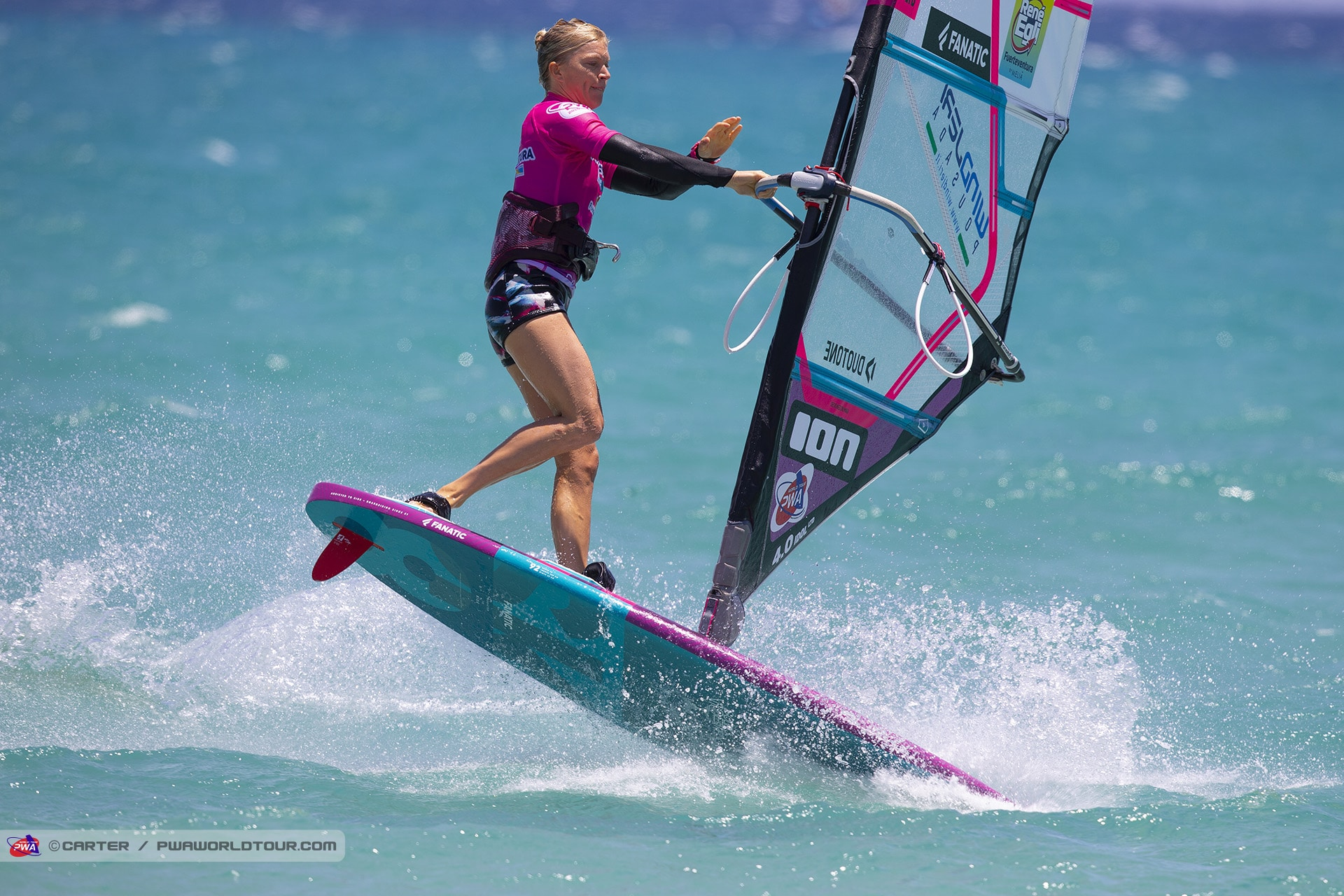 Arrianne Aukes is happy that future windsurfing girls will feel equal to men (Photo: Carter/PWA)