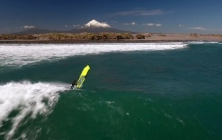 Taranaki wave riding