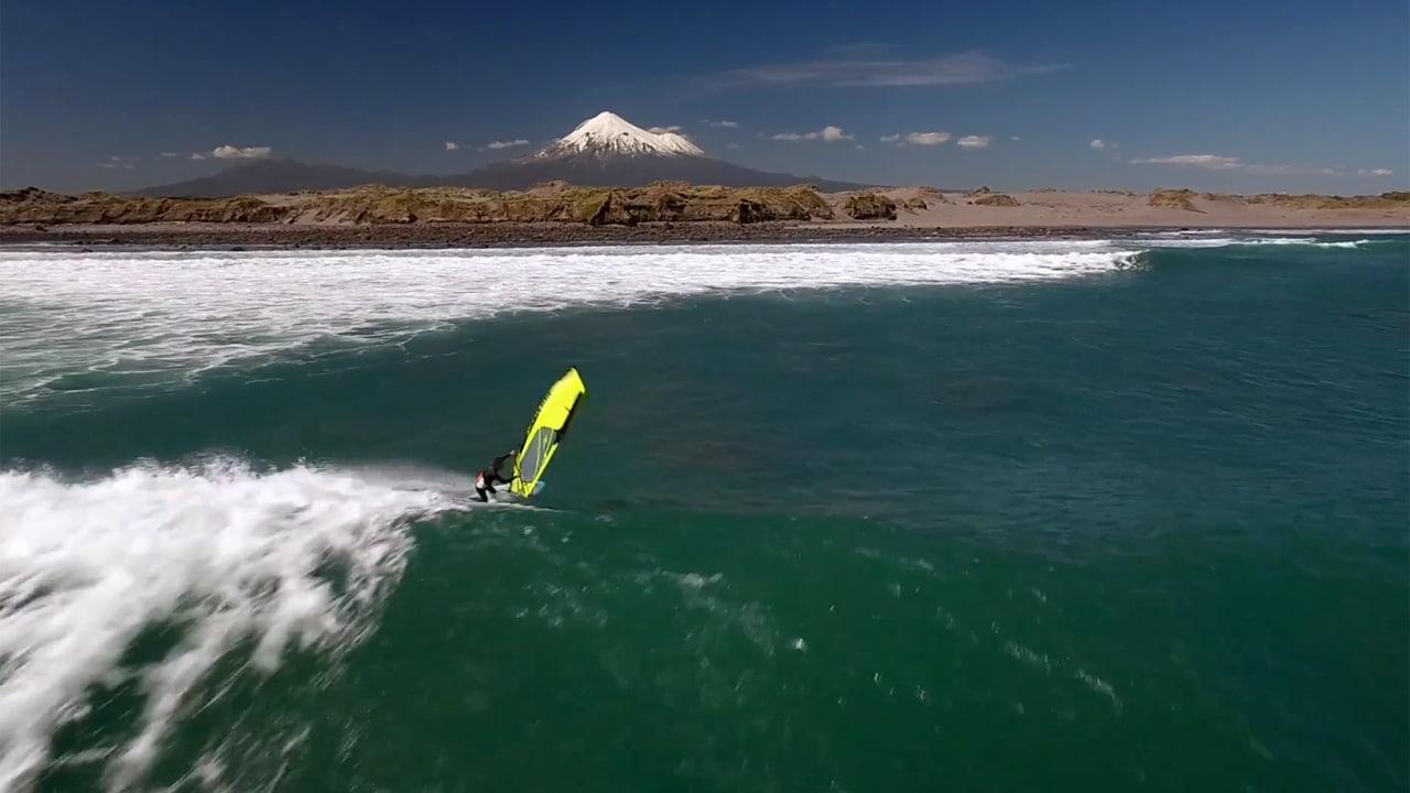 Taranaki wave riding
