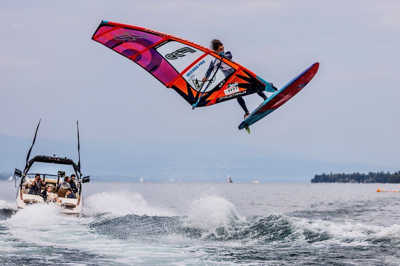 Sam Esteve lands his triple Sam Air rotation in Geneva Yentel Caers wins the Geneva EFPT event (Photo: EFPT_Carter)